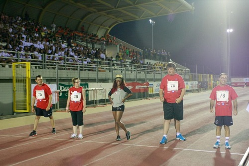 2013_meeting_lignano_-_shelly-ann_fraser_corre_i_50m_con_i_disabili.jpg