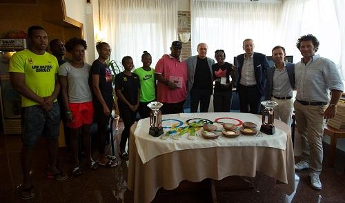 2016_meeting_saluto_giamaicani.jpg